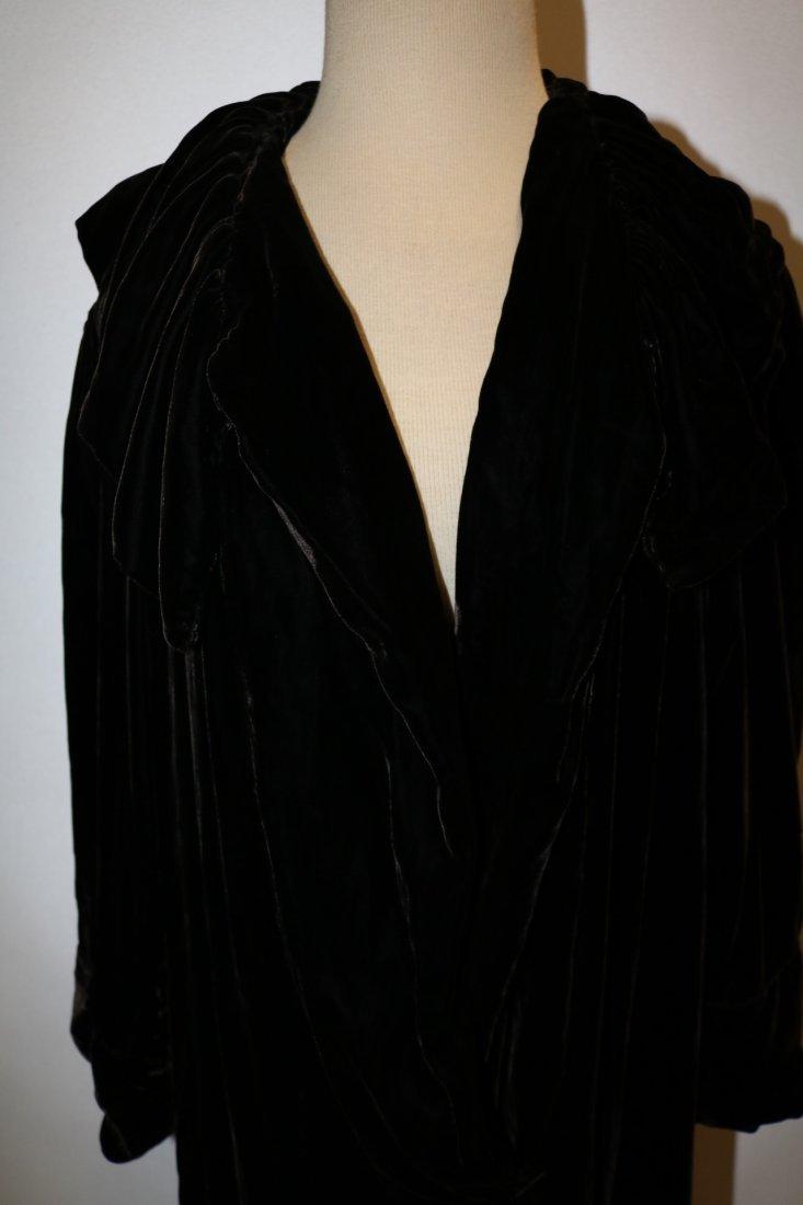 Victorian Velvet Opera Coat - 2