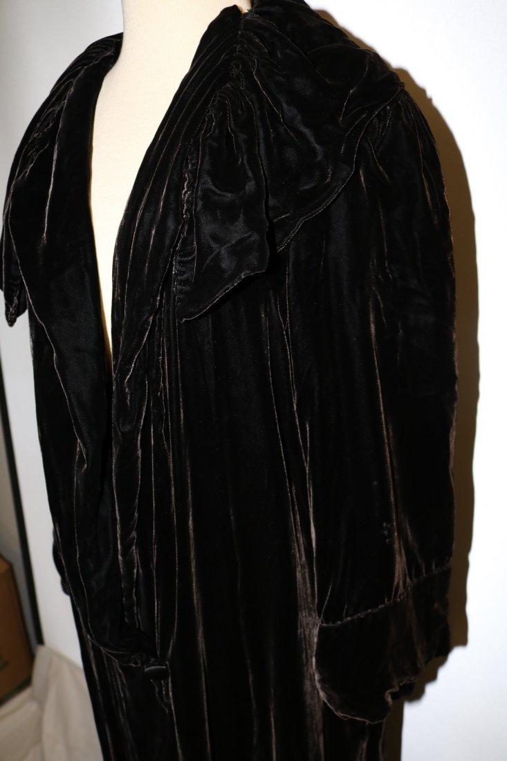 Victorian Velvet Opera Coat - 3