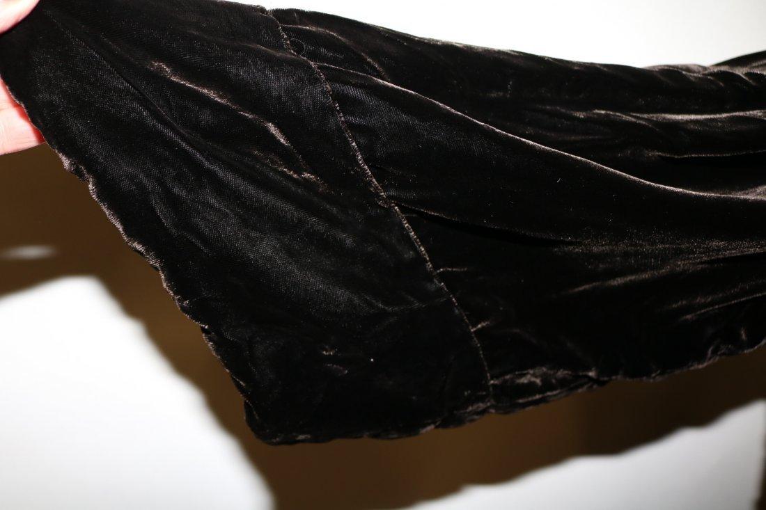Victorian Velvet Opera Coat - 4