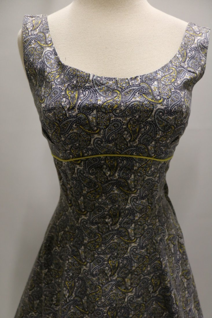 late 1940's Cotton Paisley Print Fit to Flare Dress - 2