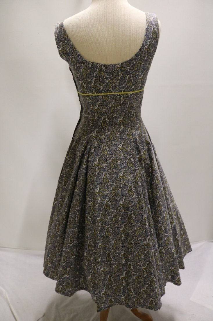 late 1940's Cotton Paisley Print Fit to Flare Dress - 4