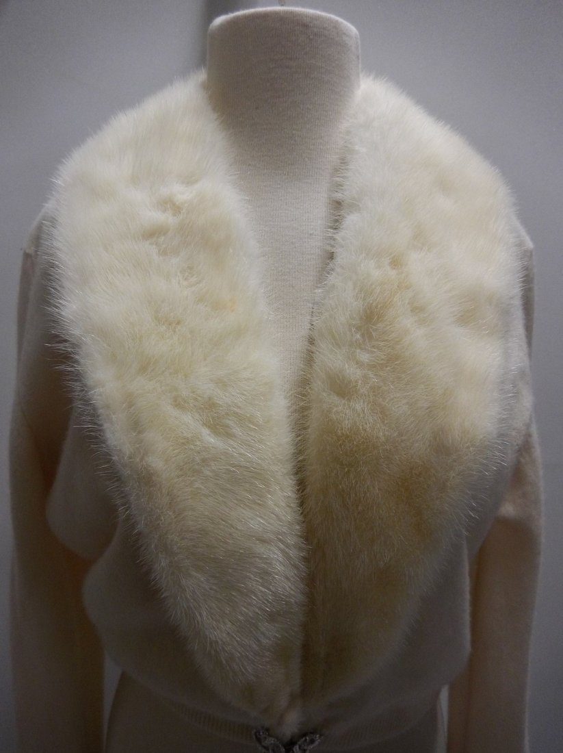 Ladies Vintage 1950's 100% Cashmere Sweater with Fur - 2