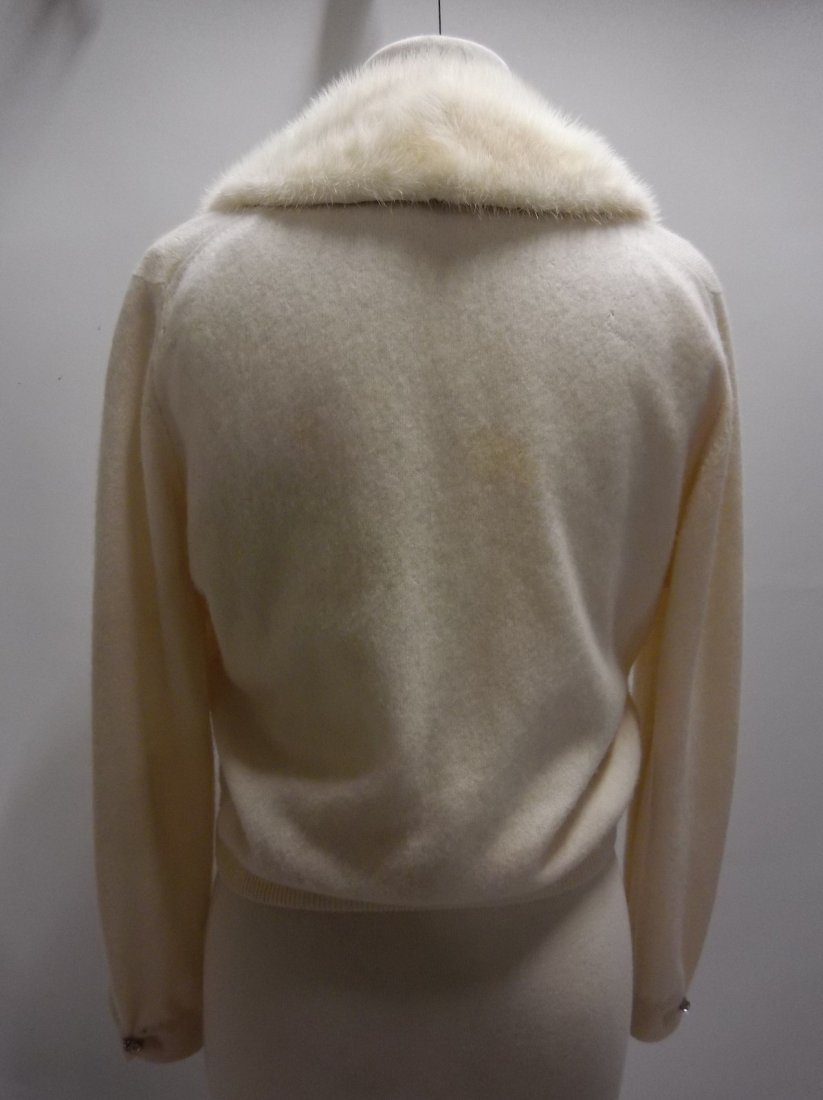Ladies Vintage 1950's 100% Cashmere Sweater with Fur - 4