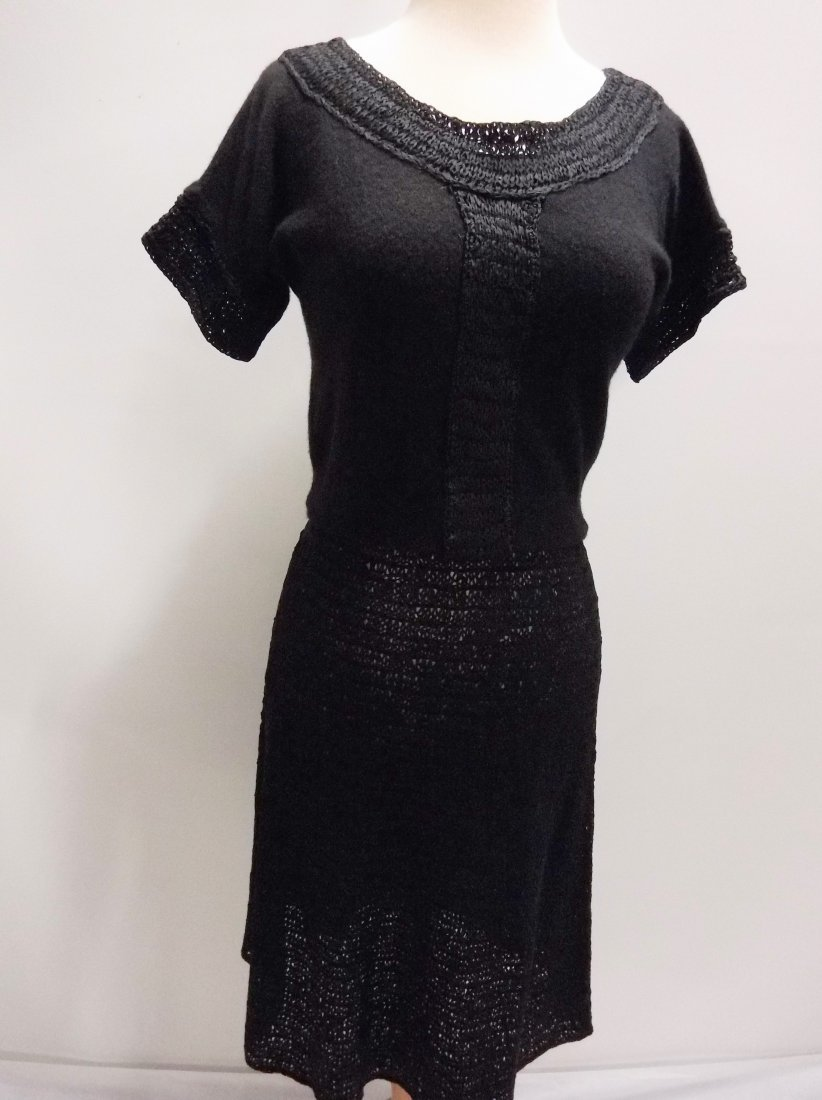1940's 2 piece Knitted Skirt & Cashmere Top in Black by