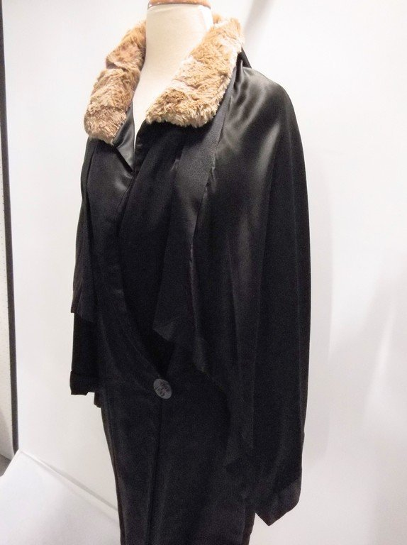 vintage 1920s black silk coat with cape bodice and - 3