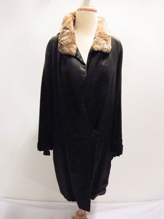 vintage 1920s black silk coat with cape bodice and - 4