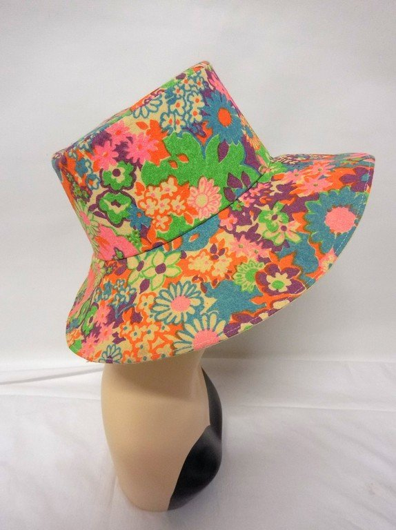 vintage 1960s paper hat flowered floral mod groovy