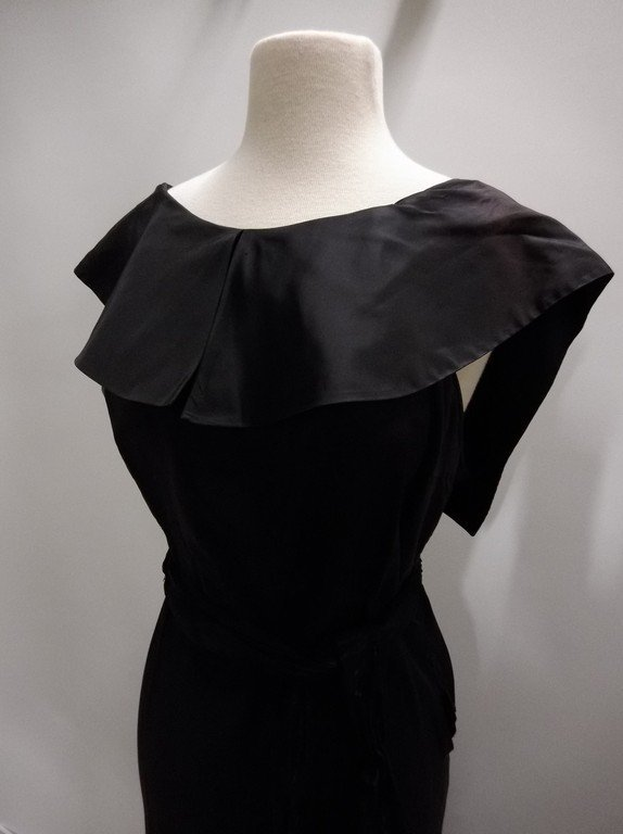 1930's Black Satin Mermaid Dress - 3