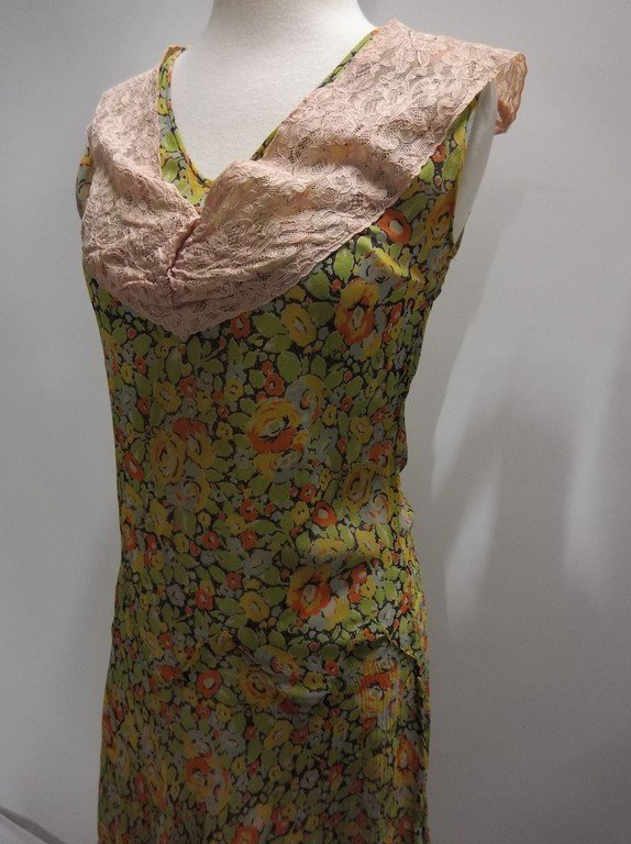 1920's Floral Chiffon Flapper Dress with Added Lace at - 3