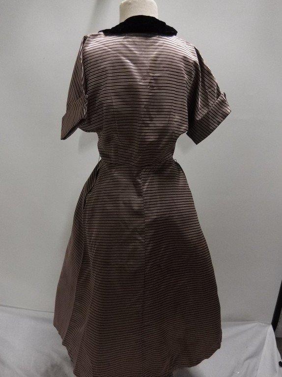 1940's Pink Stripe Silk Taffeta with Velvet Shirt Waist - 4
