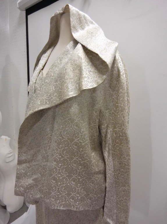 1950/60's 2 piece Silver Silk Brocade Dress & Hooded - 3
