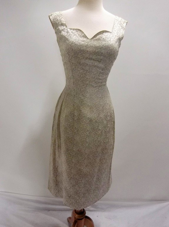1950/60's 2 piece Silver Silk Brocade Dress & Hooded - 5
