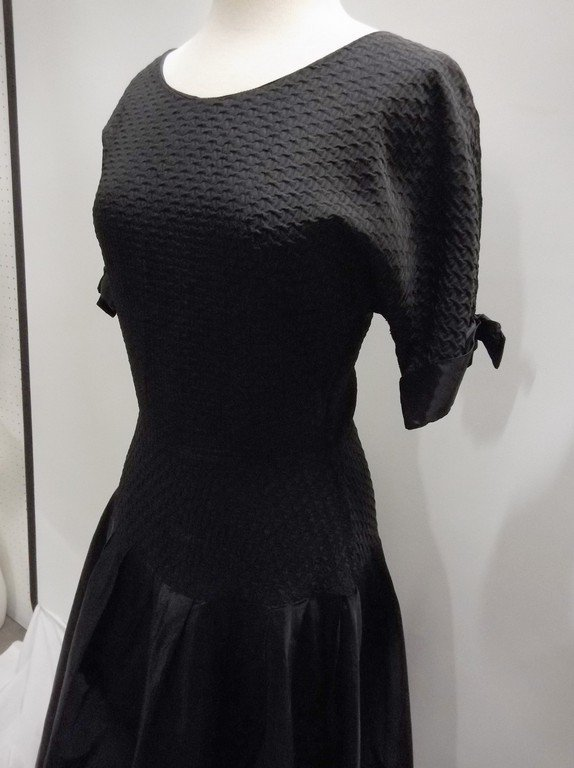 1940's Black Taffeta Fit & Flare Party Dress - 3