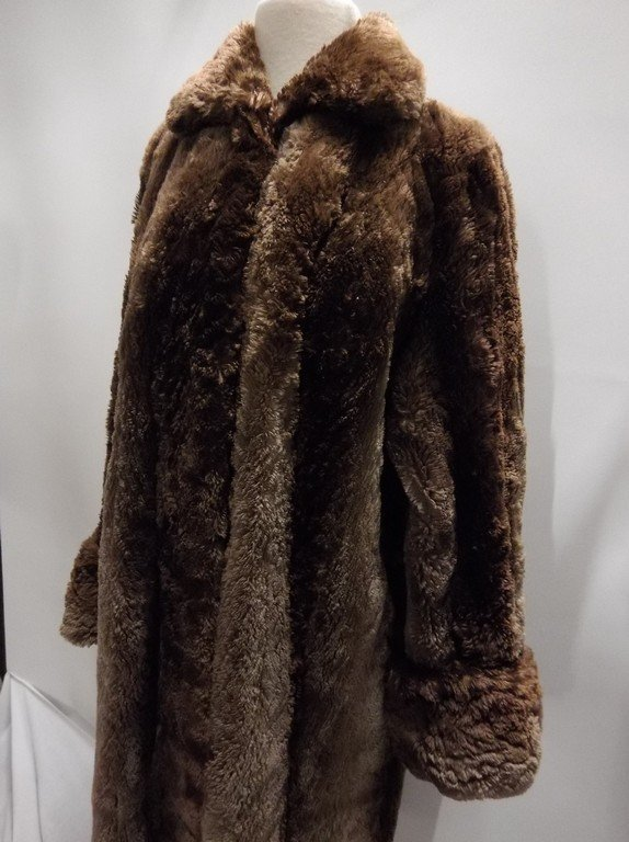 Full Length Vintage circa 1940's Fur Swing Coat from - 3
