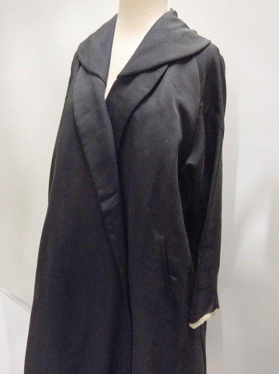 1940's Black Faille Clutch Swing Coat by Lamsons - 4