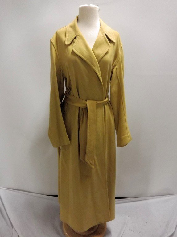Vintage 1940's Gold Wool Wrap Robe by Royal Robe