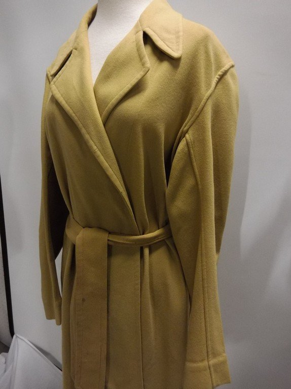 Vintage 1940's Gold Wool Wrap Robe by Royal Robe - 3