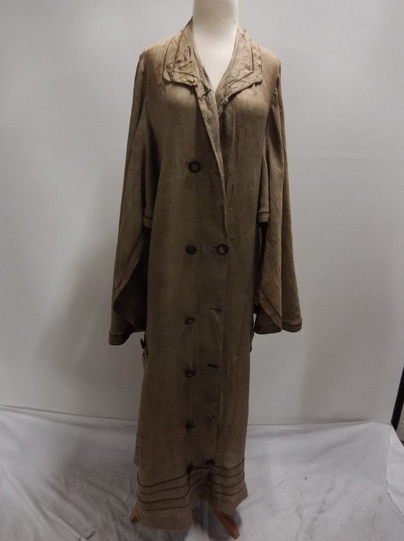 Ladies Full Length Early Linen Car Coat, with large