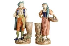 PAIR OF WORCESTER PORCELAIN POLYCHROME FIGURES