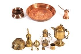 LARGE COLLECTION OF COPPER AND BRASS