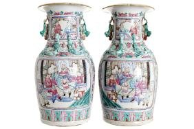 PAIR OF LARGE NINETEENTH-CENTURY CHINESE FAMILLE ROSE