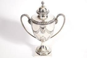 NEO-CLASSICAL SILVER  LIDDED CUP