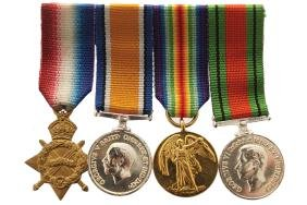 GROUP OF WAR MEDALS