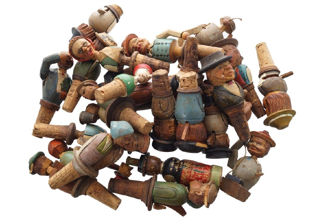 GROUP OF 25 NOVEL VINTAGE GERMAN ANRI FIGURAL CARVED