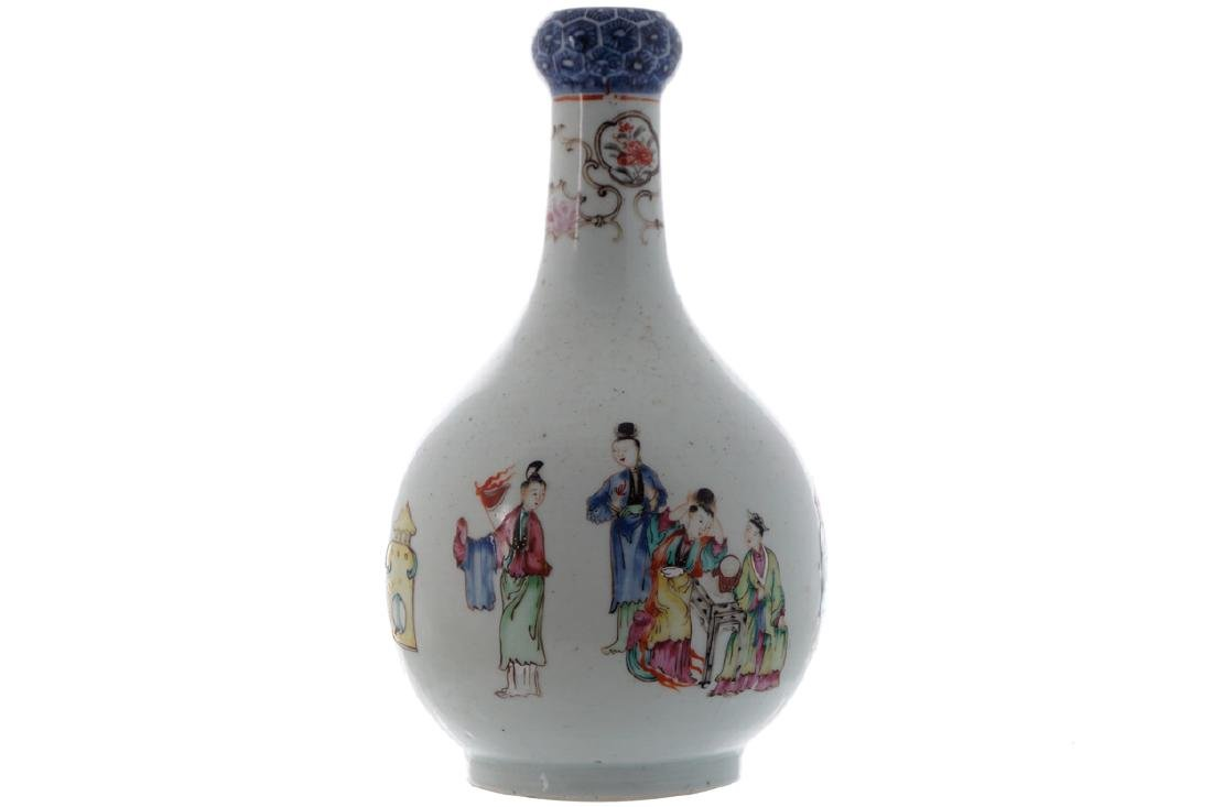 EIGHTEENTH-CENTURY CHINESE FAMILLE ROSE VASE