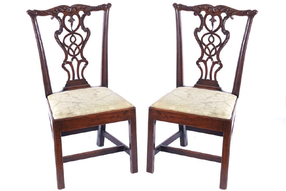 PAIR OF EIGHTEENTH-CENTURY CHIPPENDALE SIDE CHAIRS,