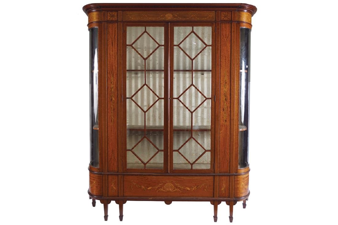 EDWARDIAN PERIOD SATINWOOD AND MARQUETRY DISPLAY