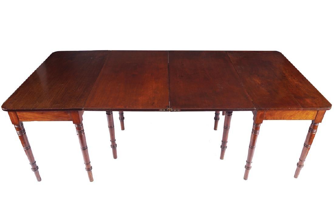 NINETEENTH-CENTURY MAHOGANY DINING TABLE