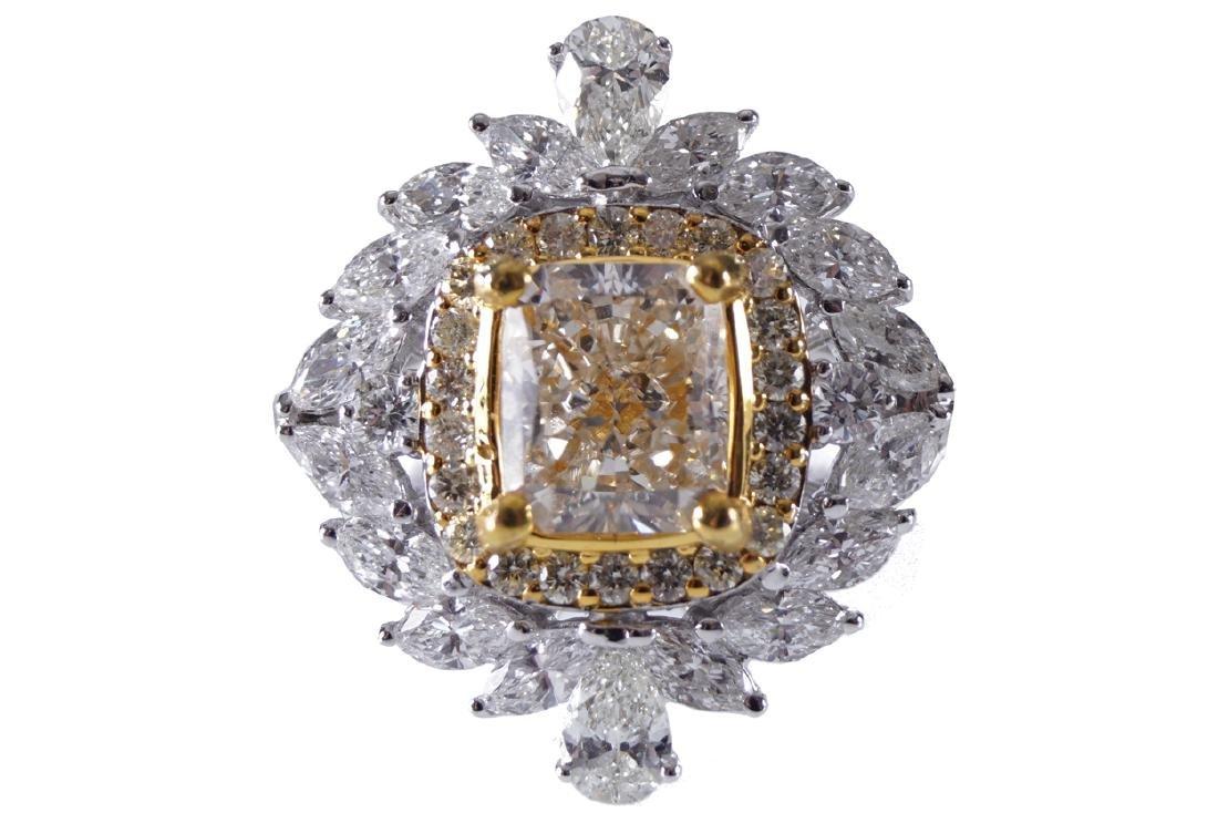 18 CT. WHITE GOLD YELLOW DIAMOND (1.4 CARAT) RING