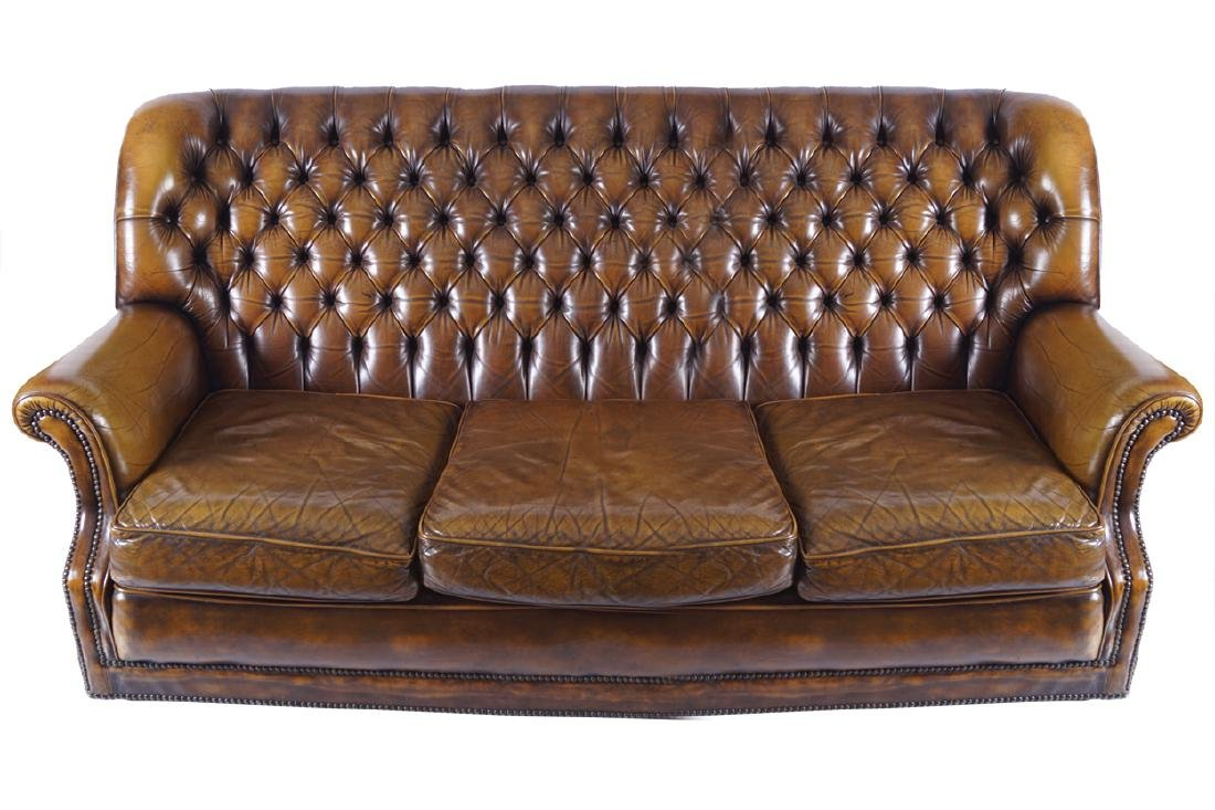 LEATHER DEEP BUTTONED SETTEE