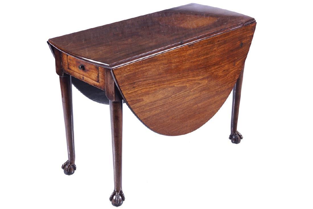 IRISH EARLY EIGHTEENTH-CENTURY MAHOGANY GATE LEG TABLE,
