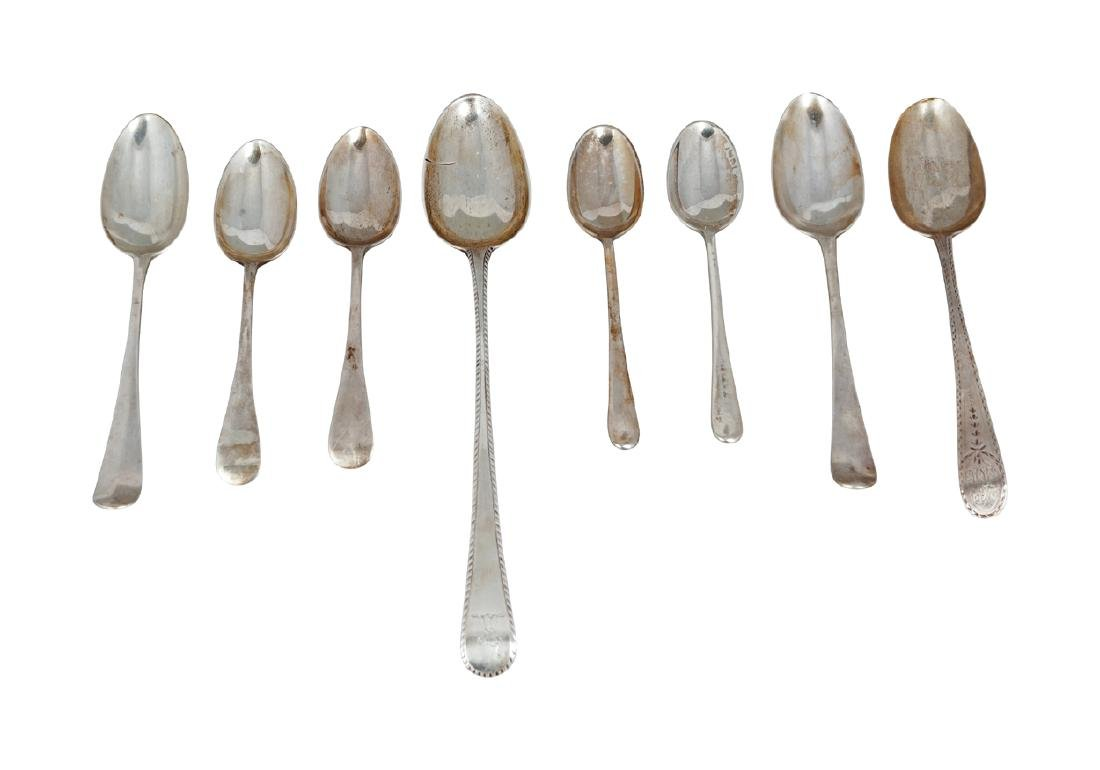 LOT OF EIGHT GEORGIAN SILVER SPOONS