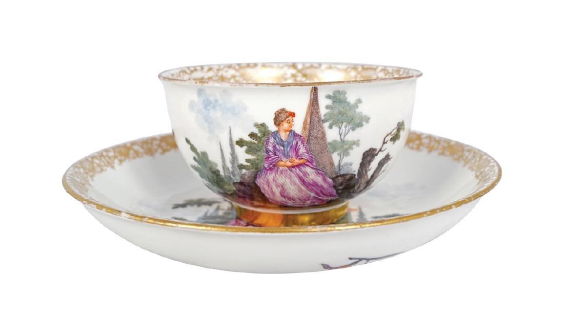 MEISSEN PORCELAIN TEA BOWL AND SAUCER