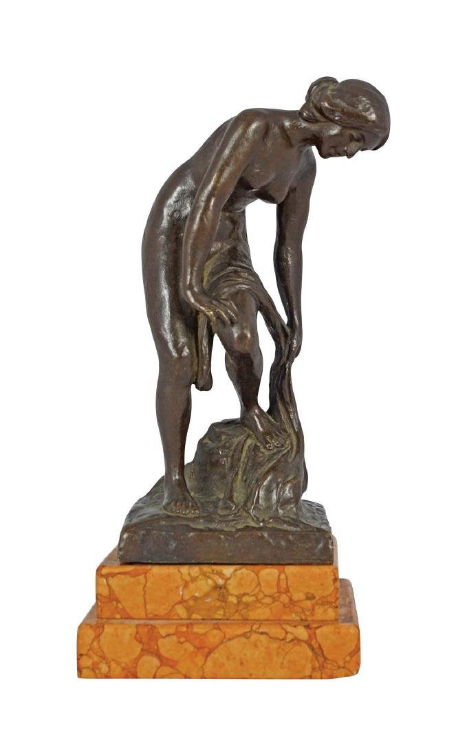 19TH CENTURY BRONZE SCULPTURE OF A LADY BATHING