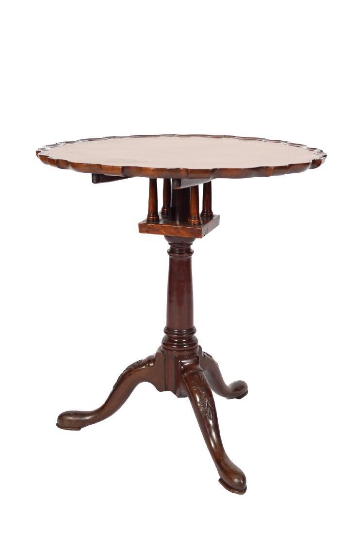 IRISH EIGHTEENTH-CENTURY MAHOGANY SNAP TOP TABLE, CIRCA