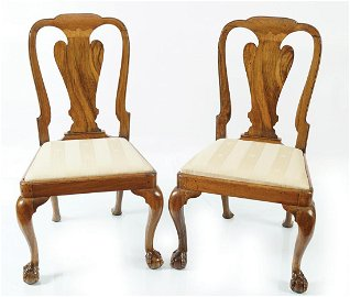 PAIR OF GEORGE I PERIOD WALNUT SIDE CHAIRS