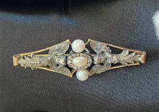 ANTIQUE 18 CT. YELLOW & WHITE GOLD FLOWER BROOCH