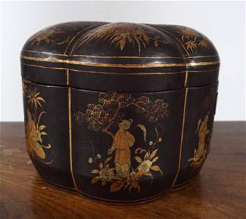 19TH-CENTURY LACQUERED TEA CADDY