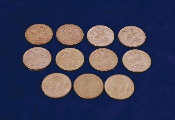 2: Lot of eleven gold sovereigns