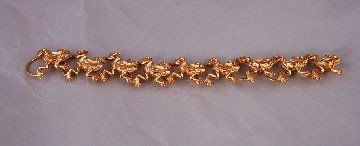 15: 18ct gold frog bracelet of 74.7 grams by Sergio Bus