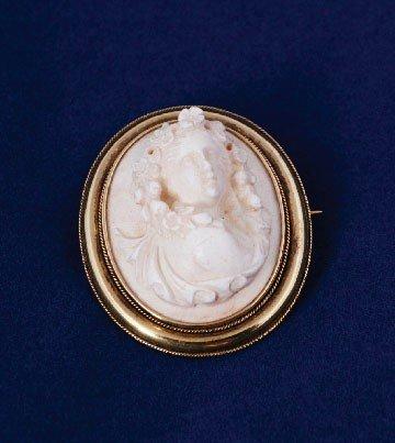 16: Cameo brooch