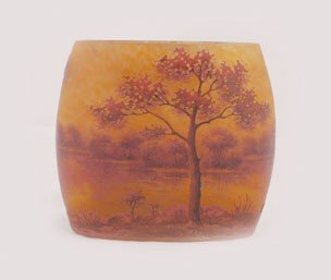 752: Daum style vase