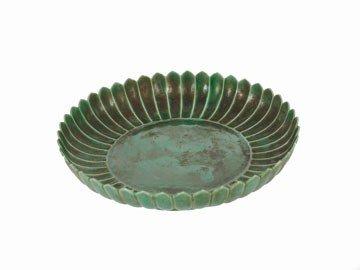 1274: Chinese green-glazed chrysanthemum dish
