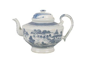 1254: Chinese blue and white tea pot