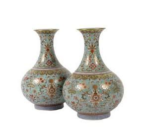 1476: Pair of turquoise-ground famille rose bottle vase