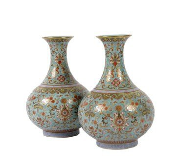 1476: Pair of turquoise-ground famille rose bottle vase
